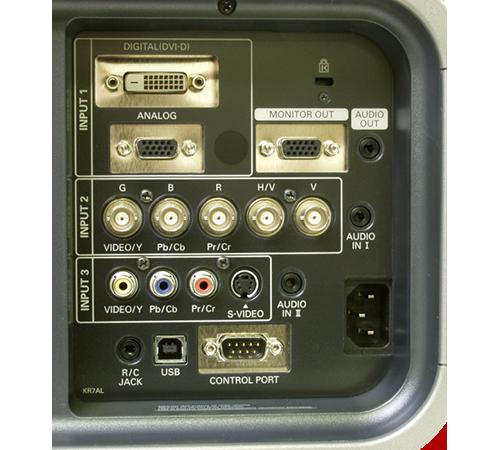 DVI-VGA-AV接口